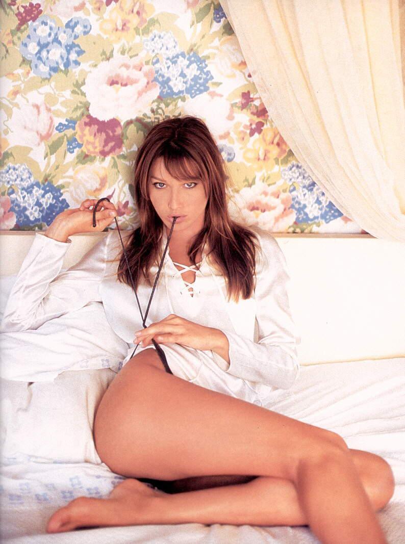 Янукович портреты ню в спальне 20 фотография